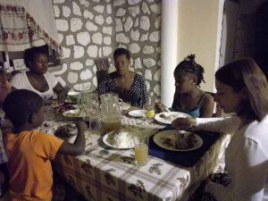 dom i wspólne posiłki na Karaibach